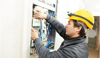 Getting Assistance from A Licensed Electrician Saves Both Time and Money